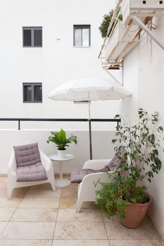המרפסת של הדירה