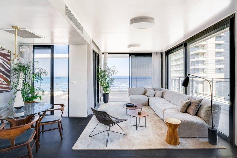 דירה שנמכרה עם נוף לים