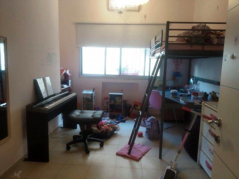 חדר השינה בדירה ברח' הנביאים