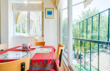 נמכר! דירת 2 חד' תל אביבית מקורית בסמטאות בזל
