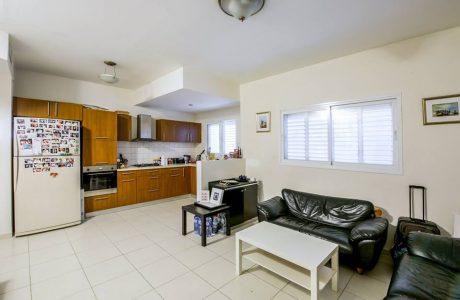 למכירה 3 חדרים בגורדון פינת דיזנגוף במיקום הכי חם במרכז העיר